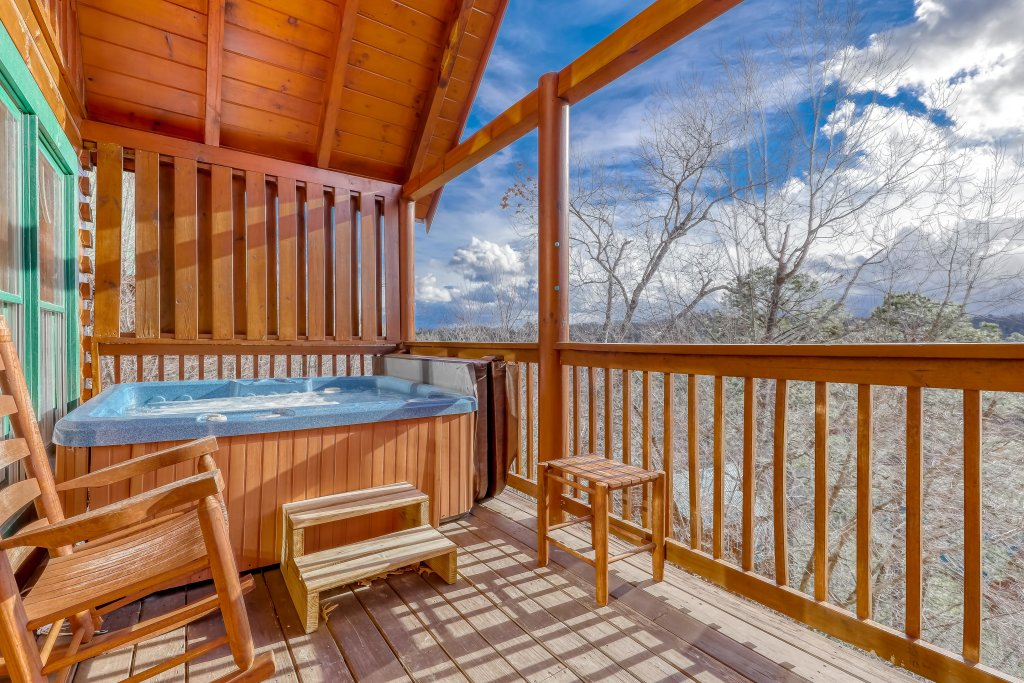 Photo of a Pigeon Forge Cabin named Vista Point - This is the forty-first photo in the set.