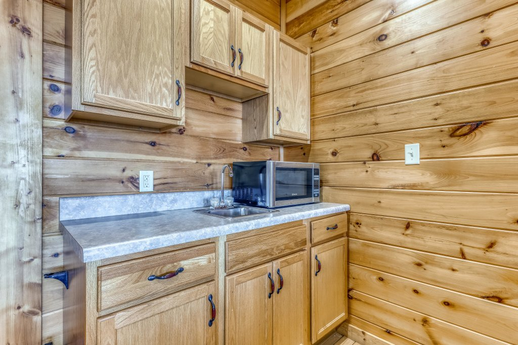 Photo of a Pigeon Forge Cabin named Panoramic Point - This is the sixteenth photo in the set.