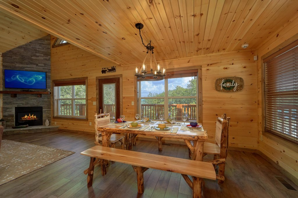 Photo of a Sevierville Cabin named Timber Woods Lodge - This is the sixth photo in the set.