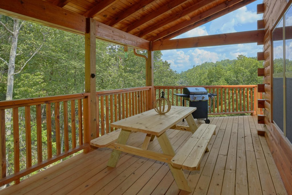Photo of a Sevierville Cabin named Timber Woods Lodge - This is the thirty-first photo in the set.