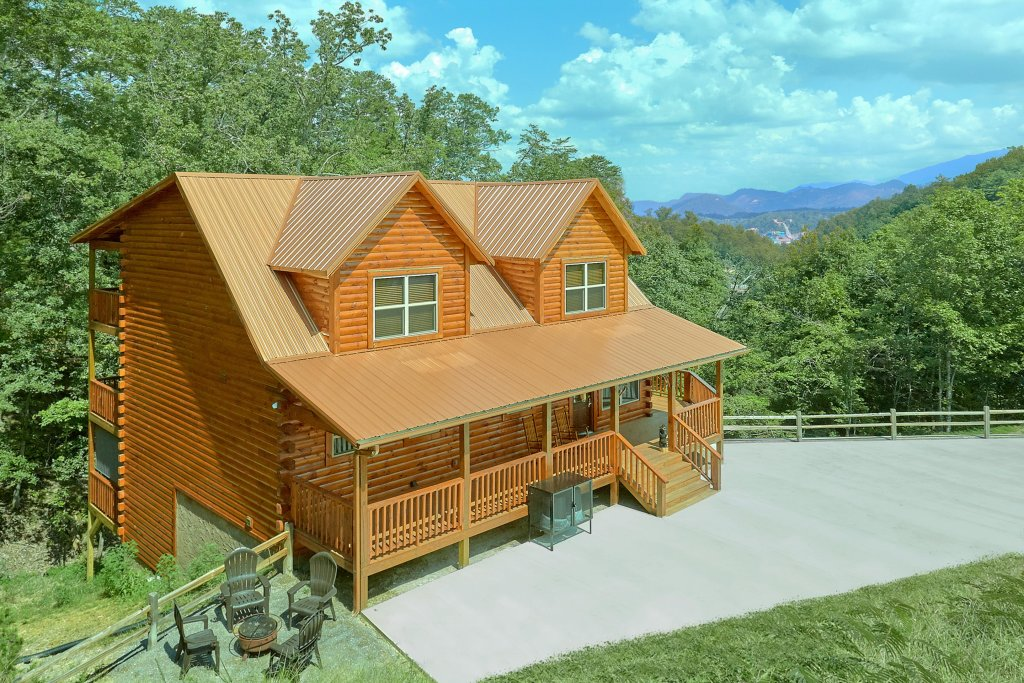Photo of a Sevierville Cabin named Timber Woods Lodge - This is the thirty-fourth photo in the set.