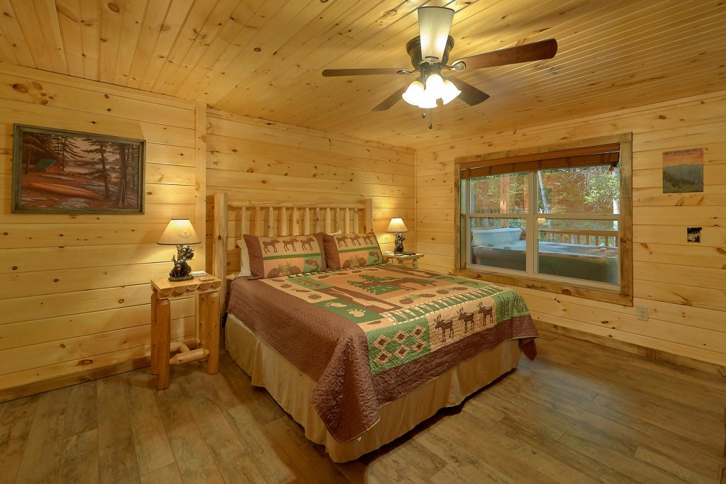 Photo of a Sevierville Cabin named Timber Woods Lodge - This is the ninth photo in the set.
