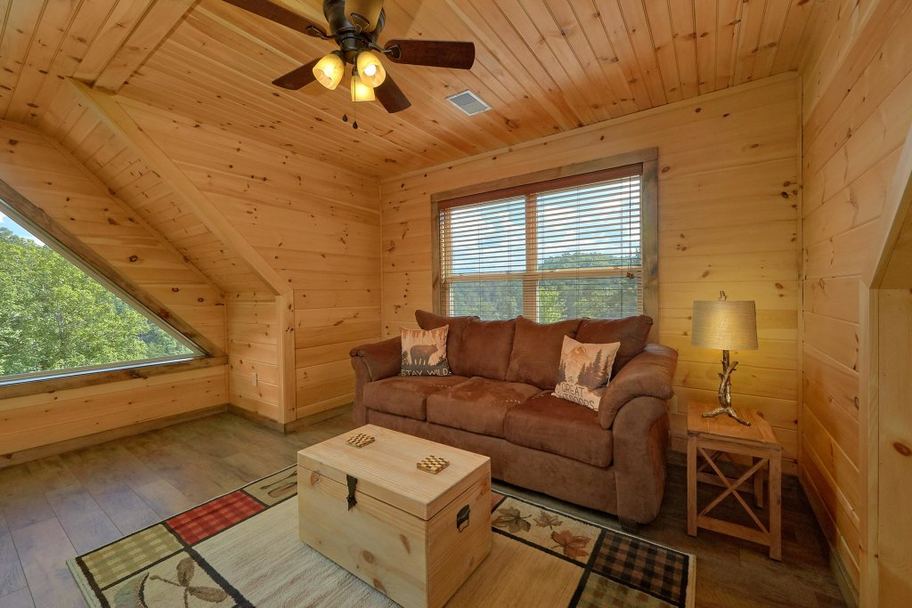 Photo of a Sevierville Cabin named Timber Woods Lodge - This is the twenty-second photo in the set.