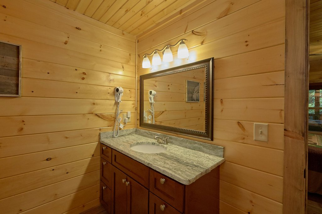 Photo of a Sevierville Cabin named Timber Woods Lodge - This is the eleventh photo in the set.