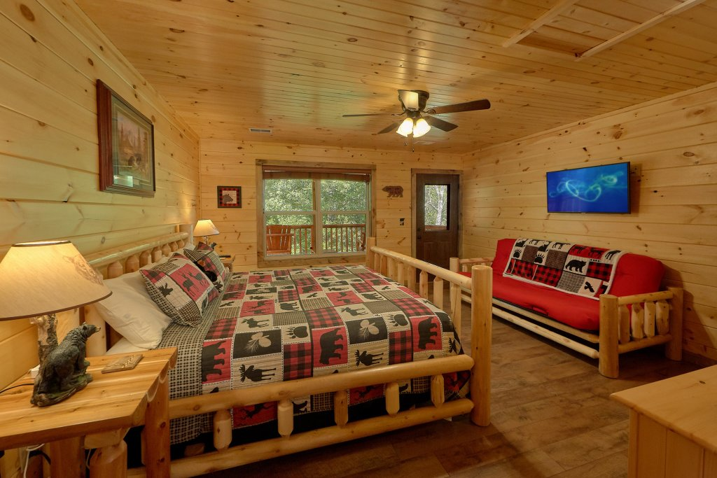 Photo of a Sevierville Cabin named Timber Woods Lodge - This is the seventeenth photo in the set.