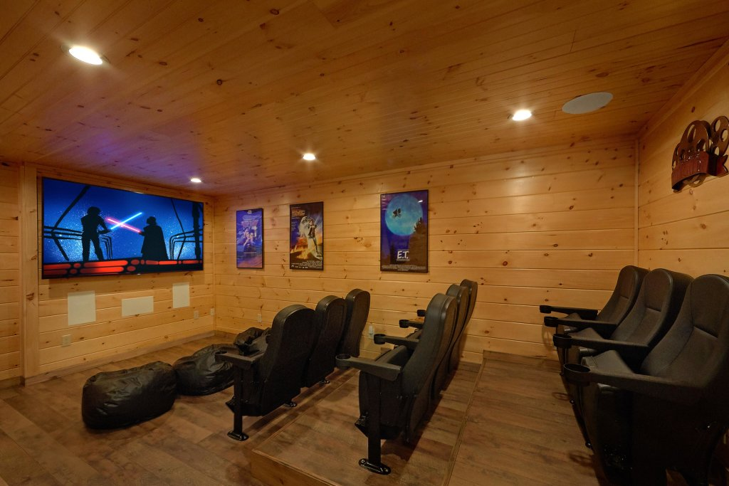Photo of a Sevierville Cabin named Timber Woods Lodge - This is the twenty-sixth photo in the set.