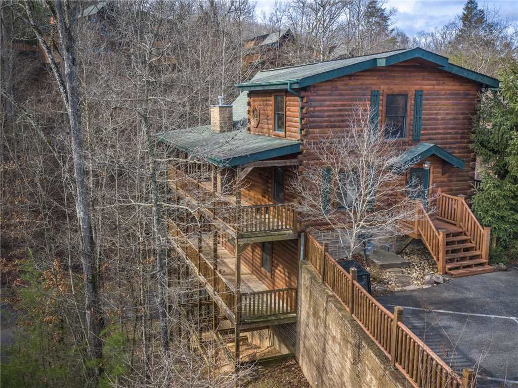Photo of a Gatlinburg Cabin named Truly Blessed - This is the twenty-fourth photo in the set.