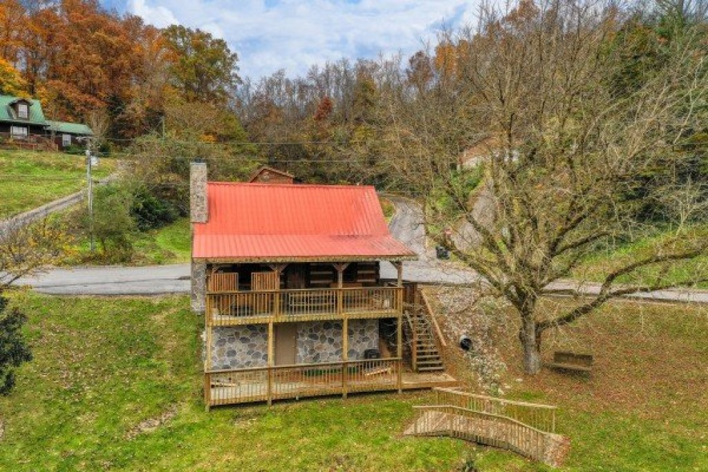 Photo of a Sevierville Cabin named Fishin' & Wishin' - This is the fourth photo in the set.