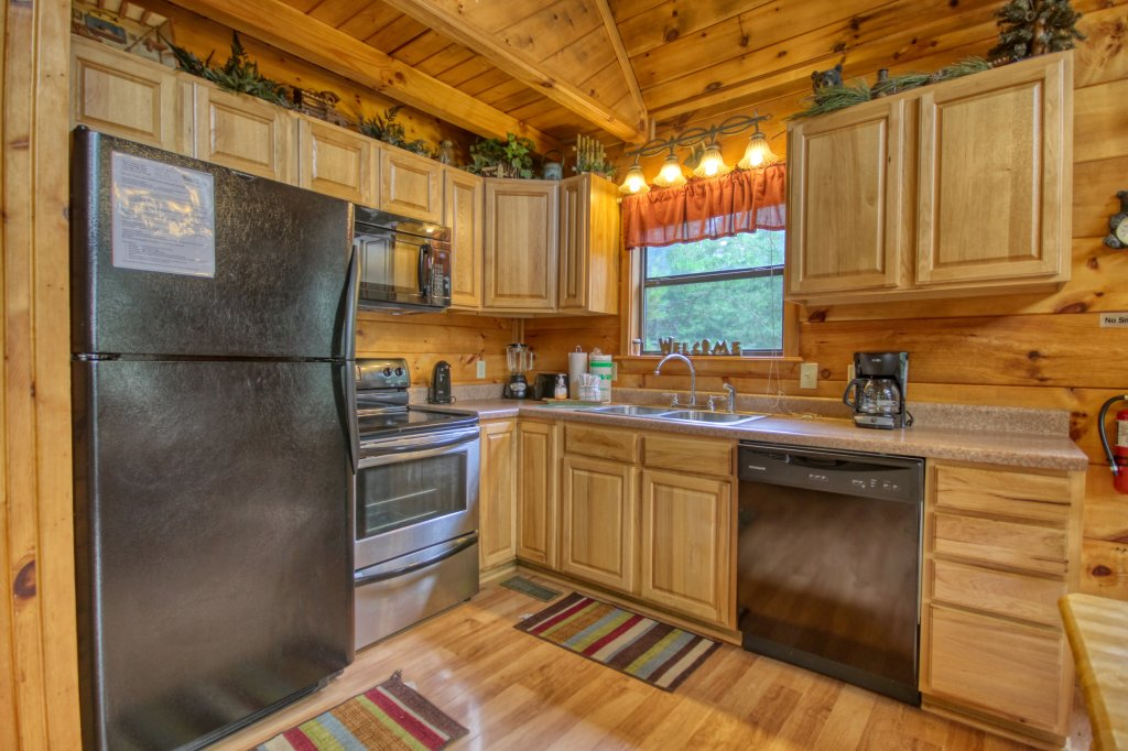 Photo of a Pigeon Forge Cabin named Wow !! What A Cabin #255 - This is the twelfth photo in the set.
