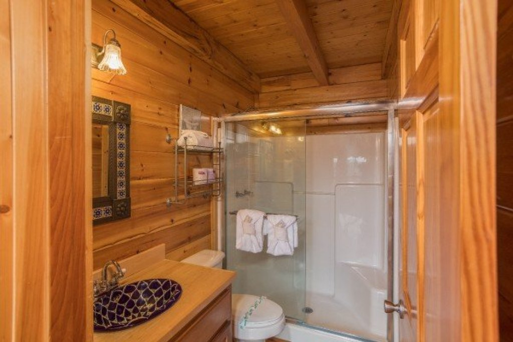 Photo of a Pigeon Forge Cabin named Leconte View Lodge - This is the twelfth photo in the set.