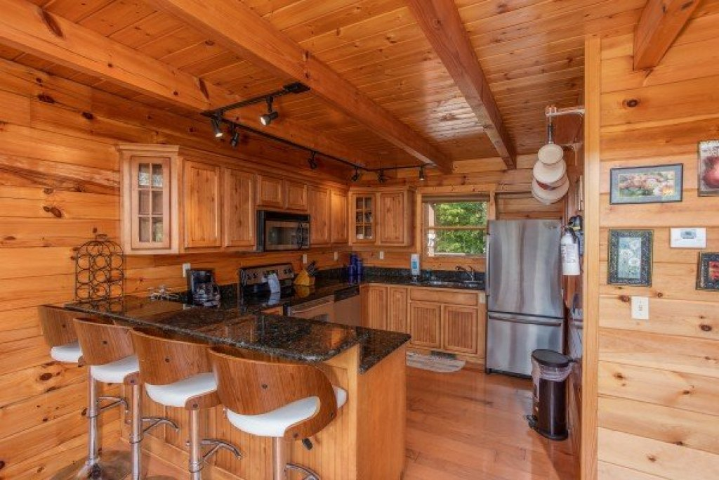 Photo of a Pigeon Forge Cabin named Leconte View Lodge - This is the ninth photo in the set.
