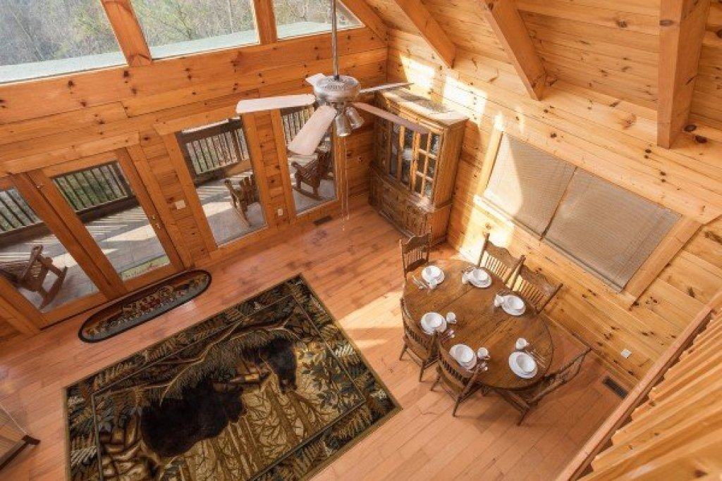 Photo of a Pigeon Forge Cabin named Leconte View Lodge - This is the sixteenth photo in the set.