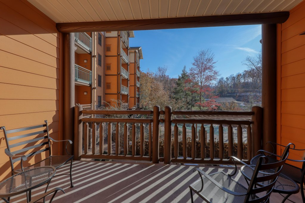 Photo of a Gatlinburg Cabin named Baskins Creek 108 - This is the fourteenth photo in the set.