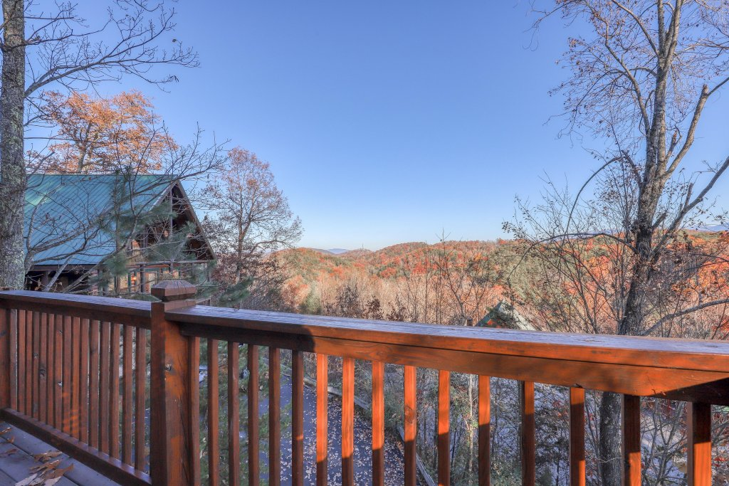 Photo of a Pigeon Forge Cabin named Elegant Escape - This is the seventeenth photo in the set.