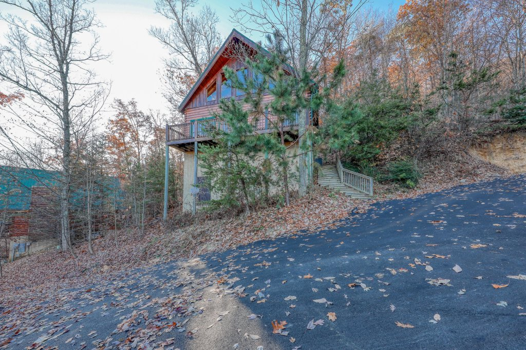 Photo of a Pigeon Forge Cabin named Elegant Escape - This is the nineteenth photo in the set.