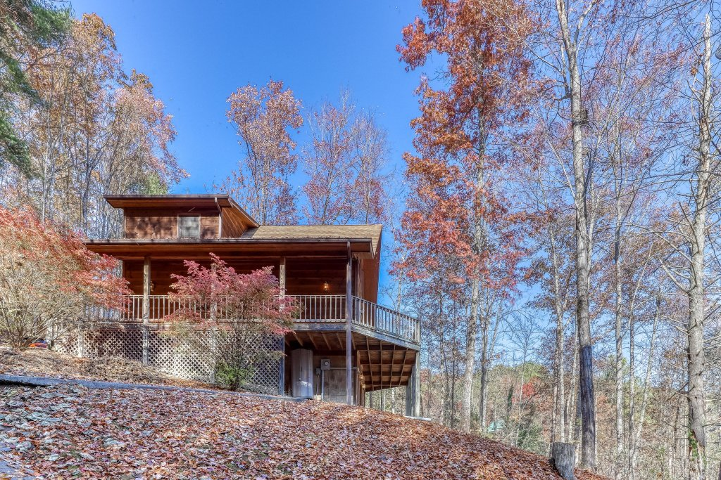 Photo of a Sevierville Cabin named Hickory Hill - This is the twenty-eighth photo in the set.