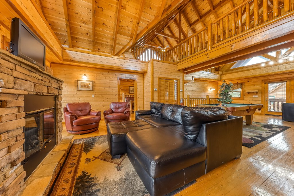 Photo of a Sevierville Cabin named Mountain Theatre Lodge - This is the first photo in the set.