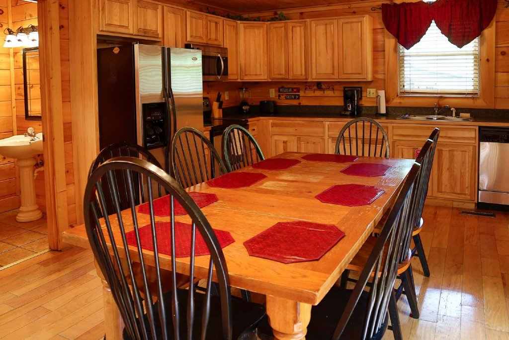 Photo of a Sevierville Cabin named Southern Sky - This is the fifth photo in the set.