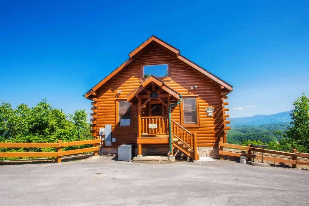 Photo of a Pigeon Forge Cabin named Imagine Cabin - This is the third photo in the set.