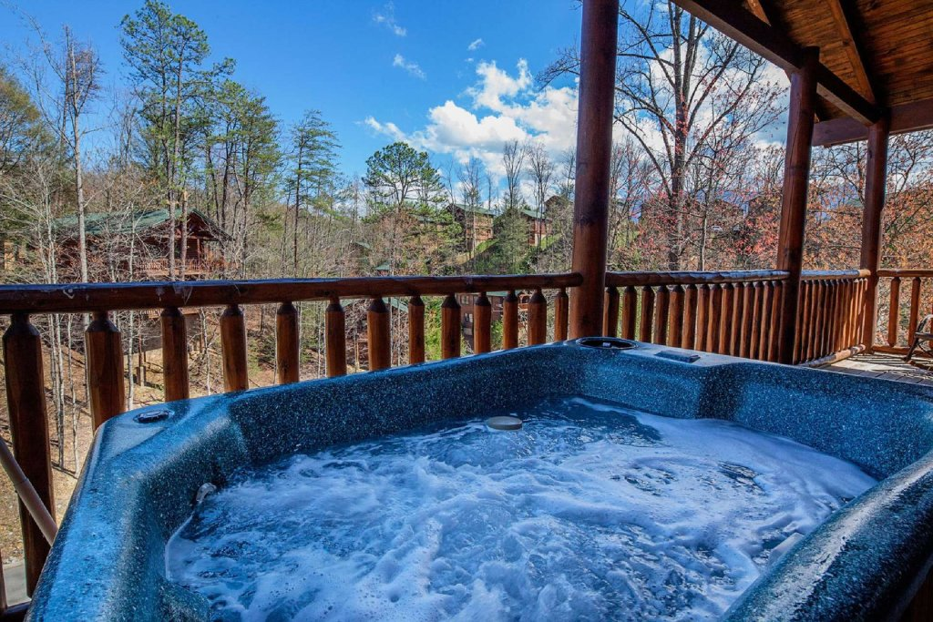 Photo of a Gatlinburg Cabin named Rustic Paradise - This is the fifth photo in the set.