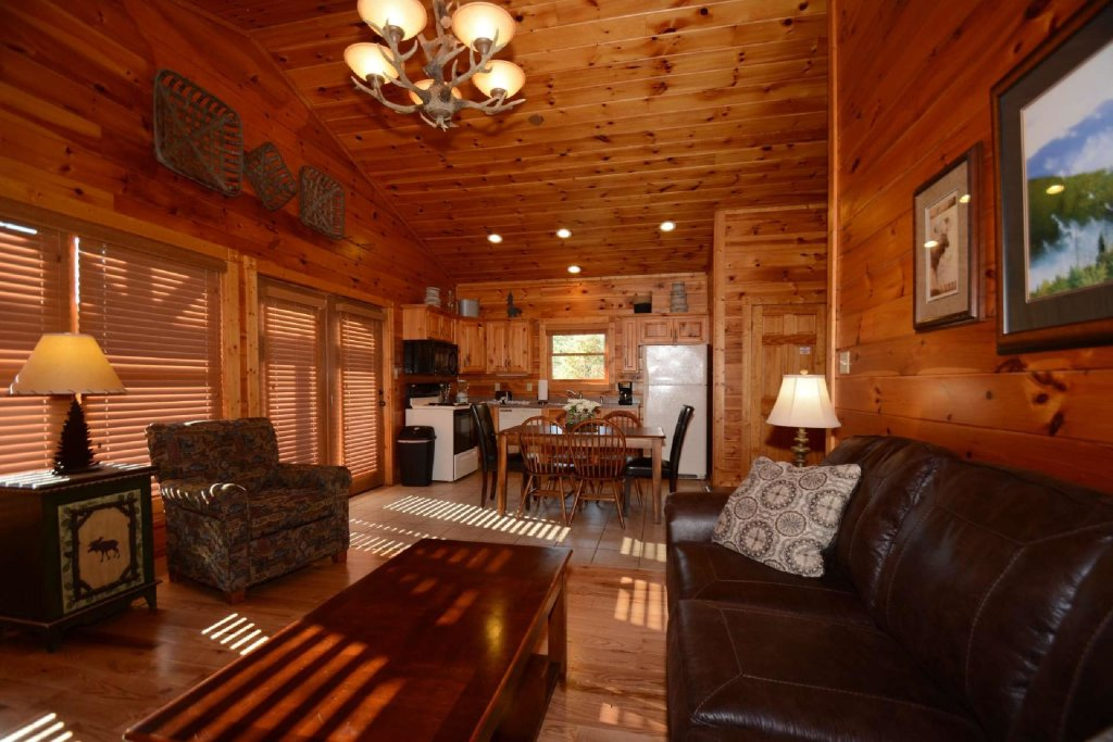 Photo of a Gatlinburg Cabin named Rustic Paradise - This is the fifteenth photo in the set.