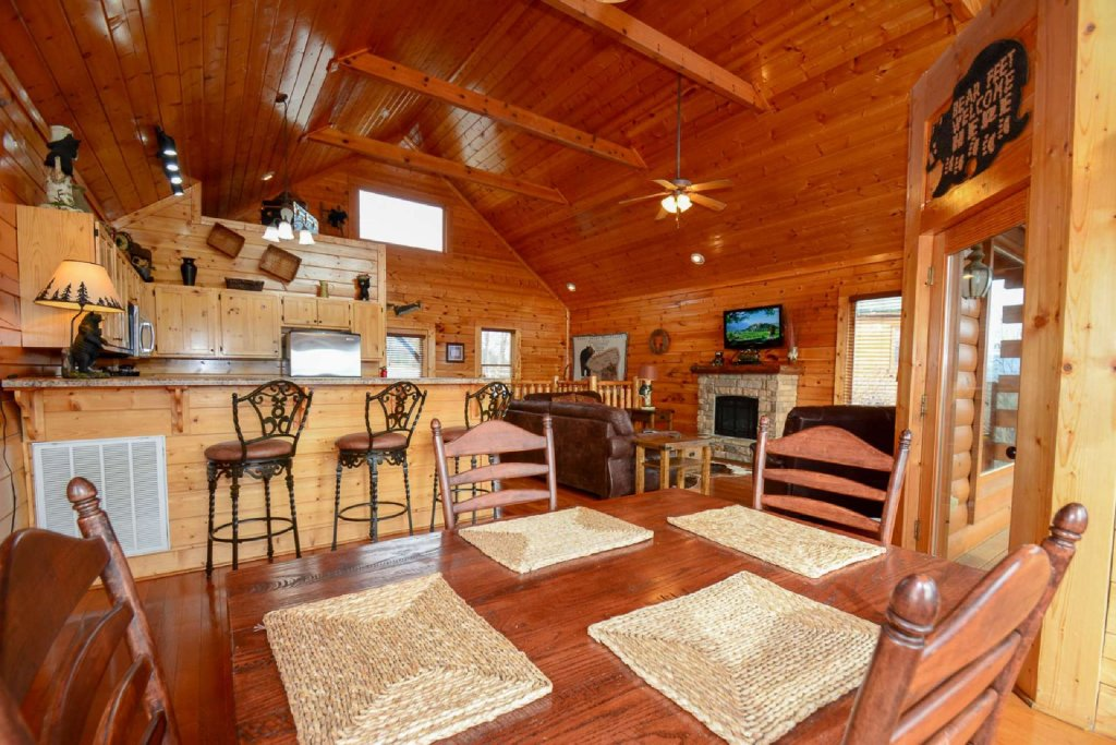 Photo of a Pigeon Forge Cabin named Imagine Cabin - This is the sixteenth photo in the set.