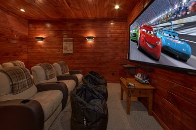 3 Bedroom Gatlinburg Cabin With Home Theater Room