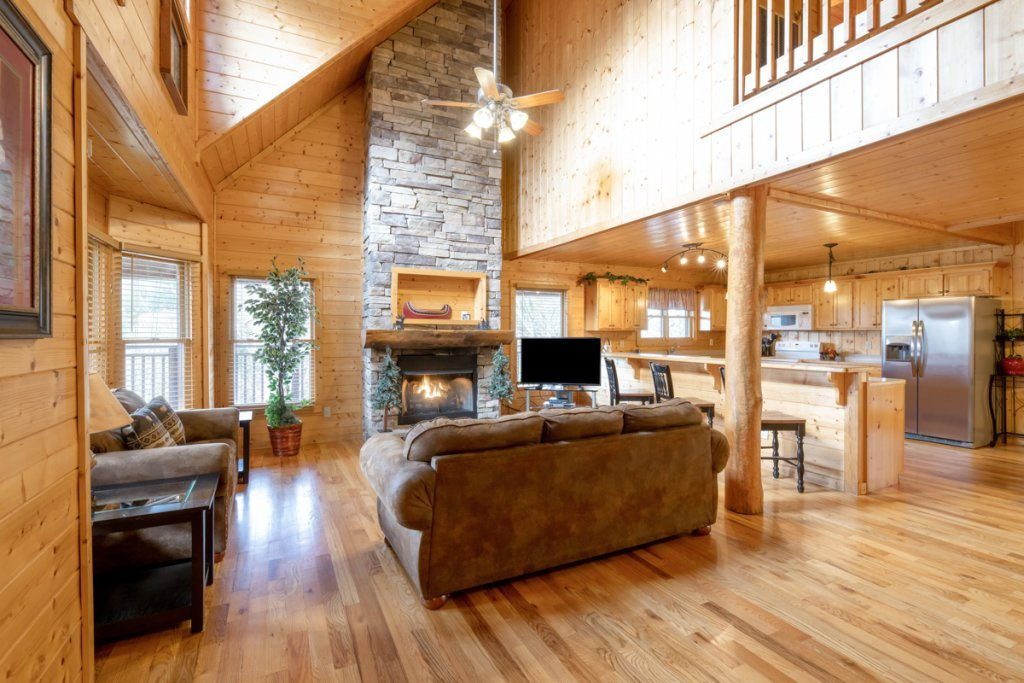 Photo of a Pigeon Forge Cabin named Country Living - This is the fifth photo in the set.