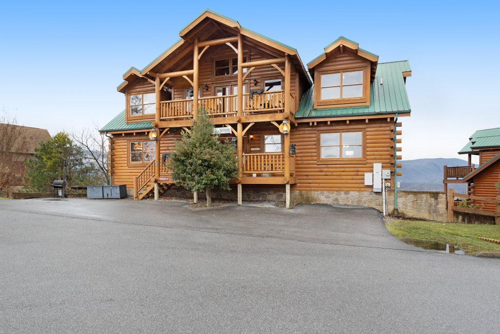 Photo of a Pigeon Forge Cabin named A Diamond In The Sky - This is the fifth photo in the set.