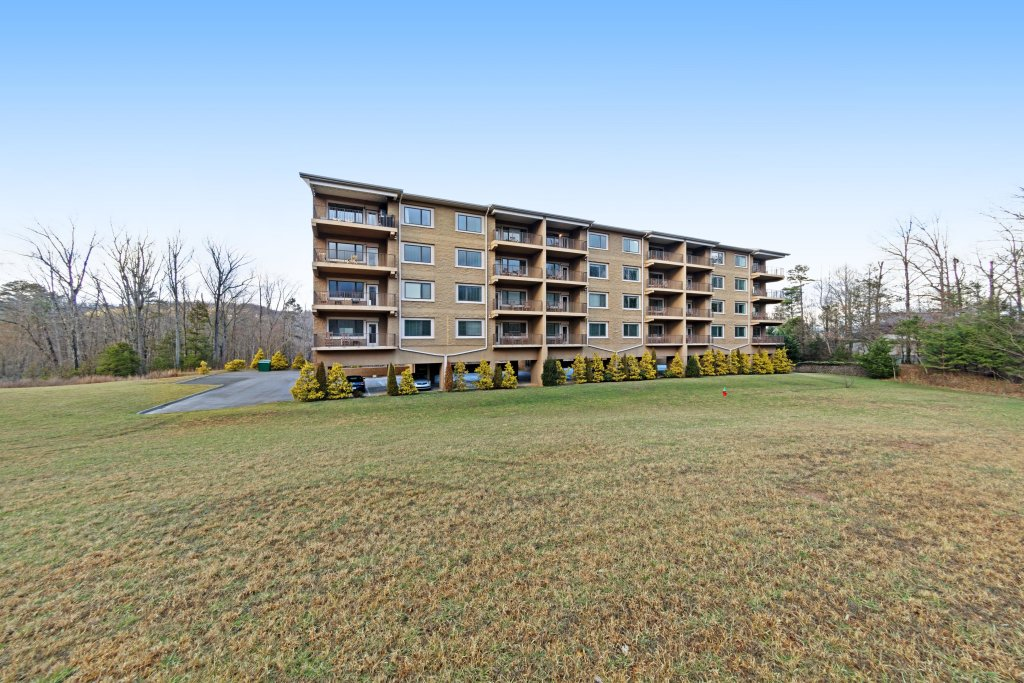 Photo of a Gatlinburg Cabin named Venus Lodges 124 - This is the seventh photo in the set.