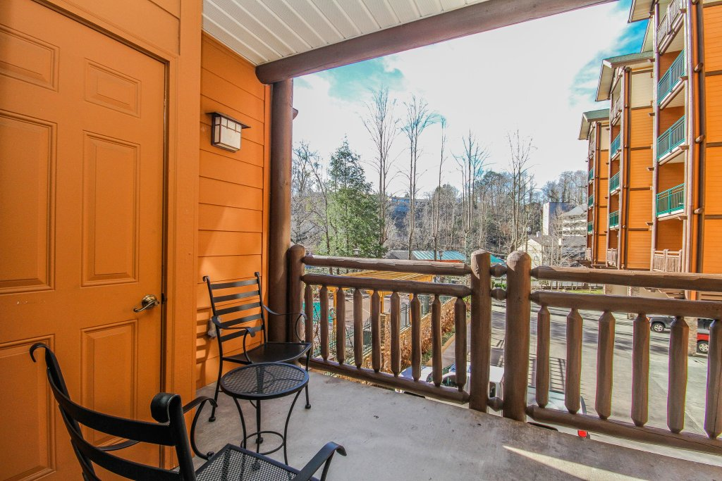 Photo of a Gatlinburg Cabin named Baskins Creek 110 - This is the twenty-ninth photo in the set.