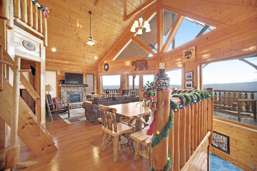 Photo of a Pigeon Forge Cabin named Breathtaking View - This is the third photo in the set.