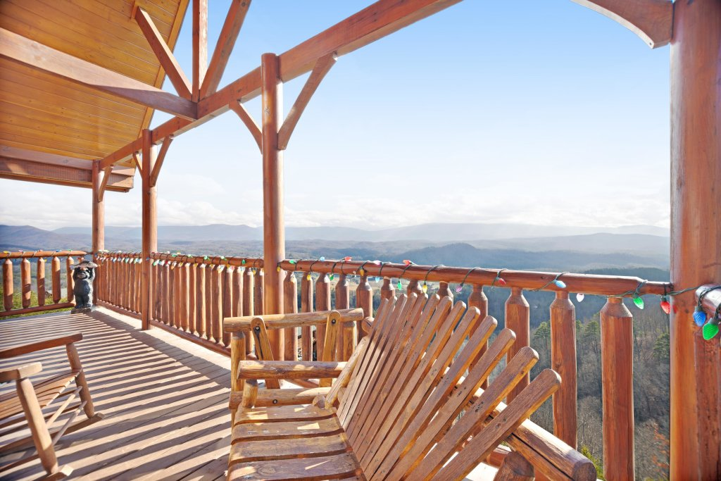 Photo of a Pigeon Forge Cabin named Breathtaking View - This is the twenty-ninth photo in the set.