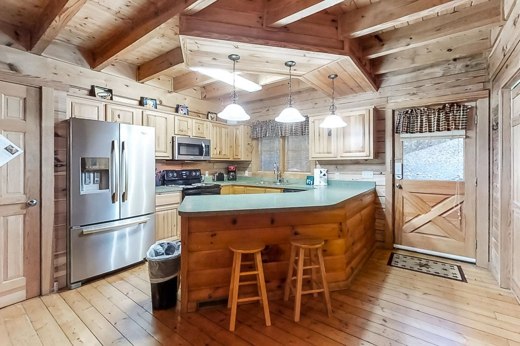 Photo of a Gatlinburg Cabin named Woodland Hideaway - This is the third photo in the set.