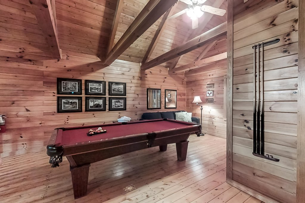 Photo of a Gatlinburg Cabin named Woodland Hideaway - This is the tenth photo in the set.