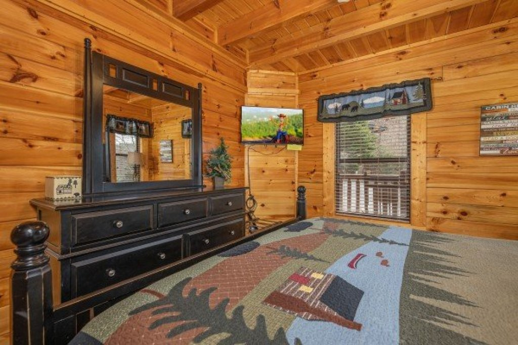 Photo of a Sevierville Cabin named An Elegant Moose - This is the eighth photo in the set.