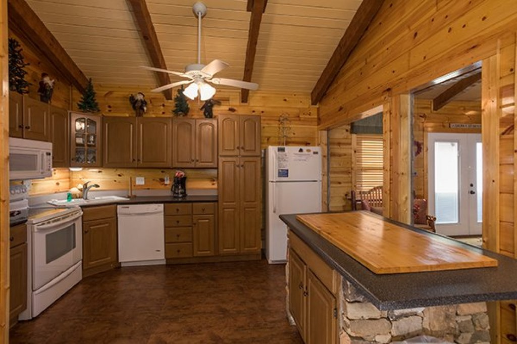 Photo of a Sevierville Cabin named Rustic Ranch - This is the tenth photo in the set.