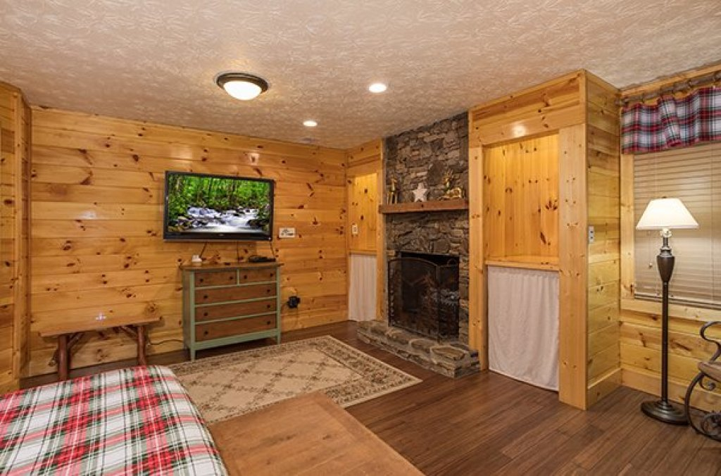 Photo of a Sevierville Cabin named Rustic Ranch - This is the fifteenth photo in the set.