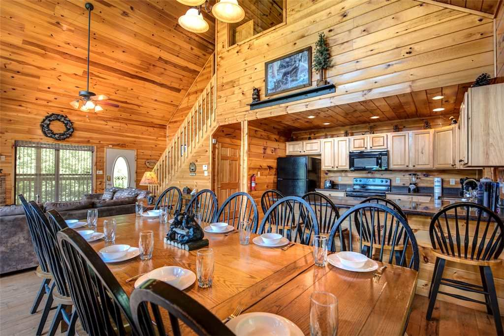 Photo of a Sevierville Cabin named Bear Hunter - This is the eighth photo in the set.