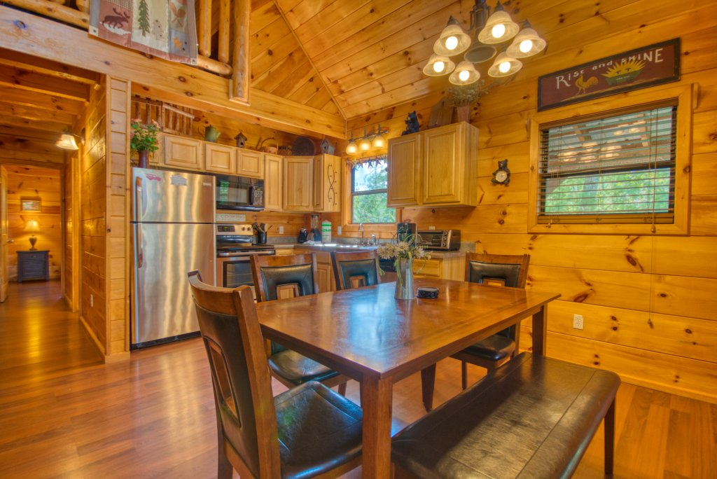 Photo of a Pigeon Forge Cabin named Dare To Bear #238 - This is the ninth photo in the set.