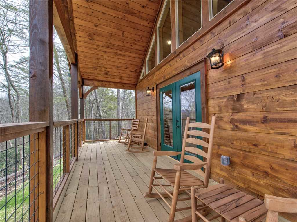 Photo of a Gatlinburg Cabin named Poolin Around - This is the seventh photo in the set.