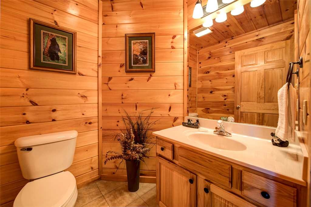 Photo of a Sevierville Cabin named Bear Hunter - This is the twenty-first photo in the set.