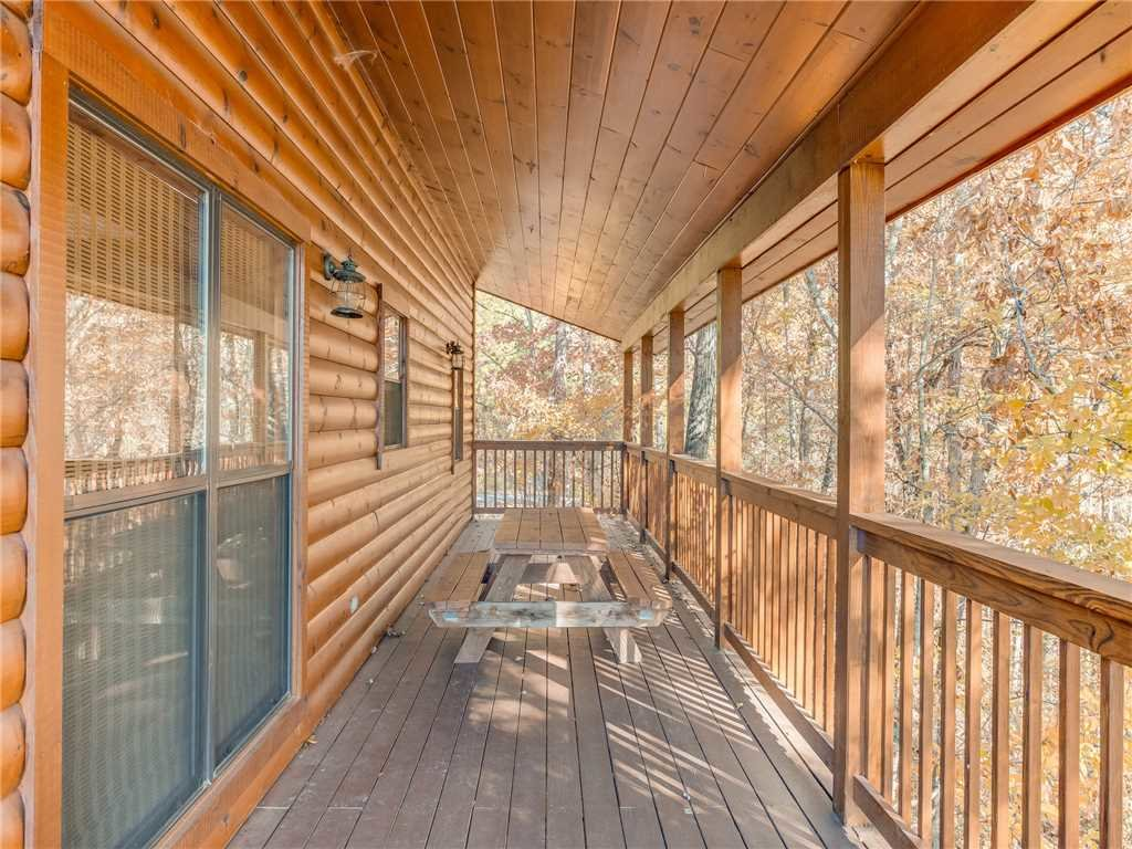 Photo of a Sevierville Cabin named Bear Hunter - This is the thirty-second photo in the set.