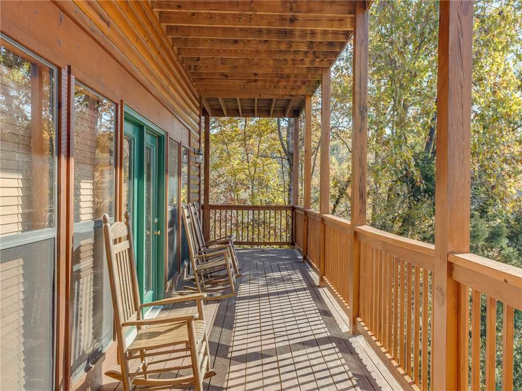 Photo of a Sevierville Cabin named Bear Hunter - This is the thirty-third photo in the set.
