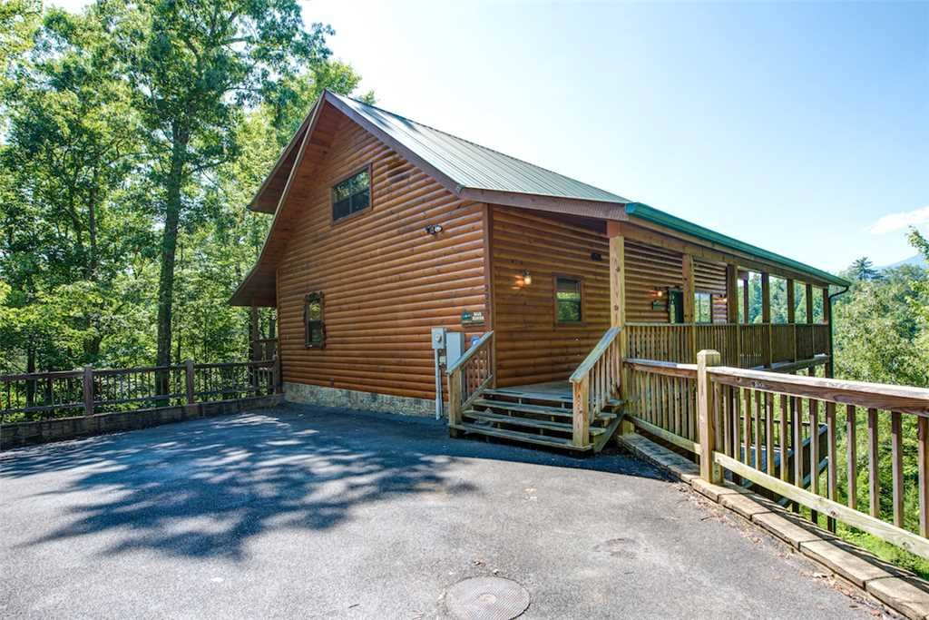 Photo of a Sevierville Cabin named Bear Hunter - This is the thirty-ninth photo in the set.