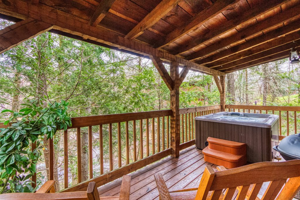 Photo of a Gatlinburg Cabin named Moonshine Madness #1611 - This is the eighth photo in the set.