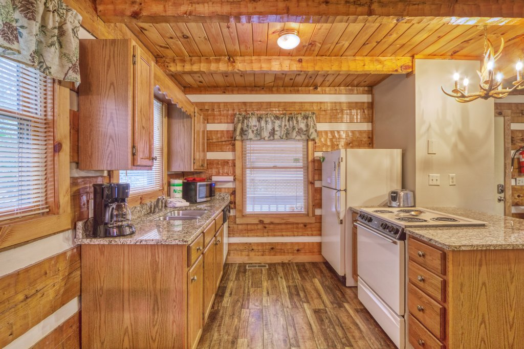 Photo of a Gatlinburg Cabin named Moonshine Madness #1611 - This is the fourteenth photo in the set.