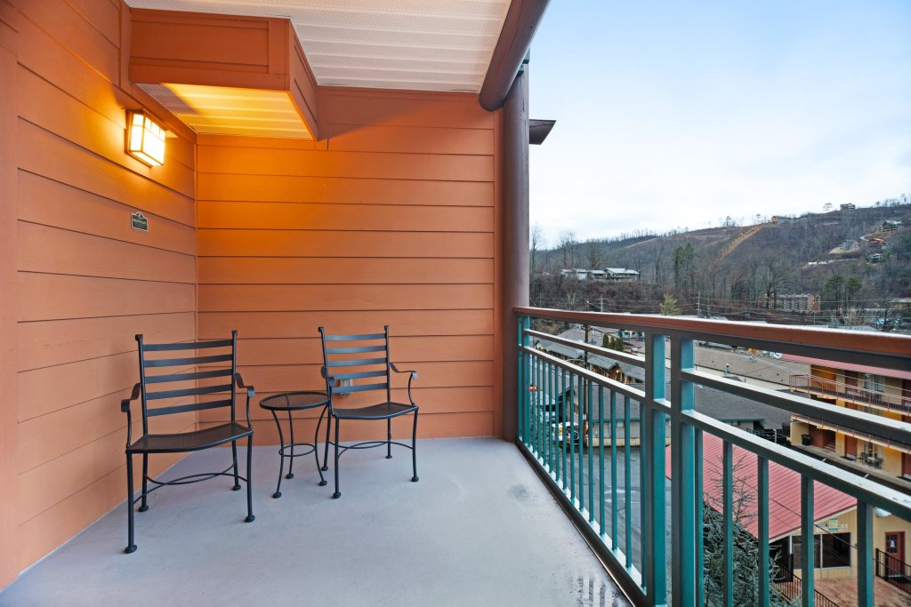 Photo of a Gatlinburg Cabin named Baskins Creek 307 - This is the twenty-second photo in the set.