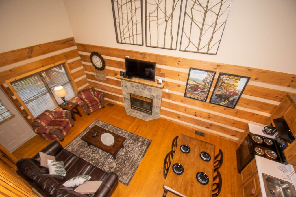 Photo of a Gatlinburg Cabin named Sweet Serenity - This is the fifth photo in the set.