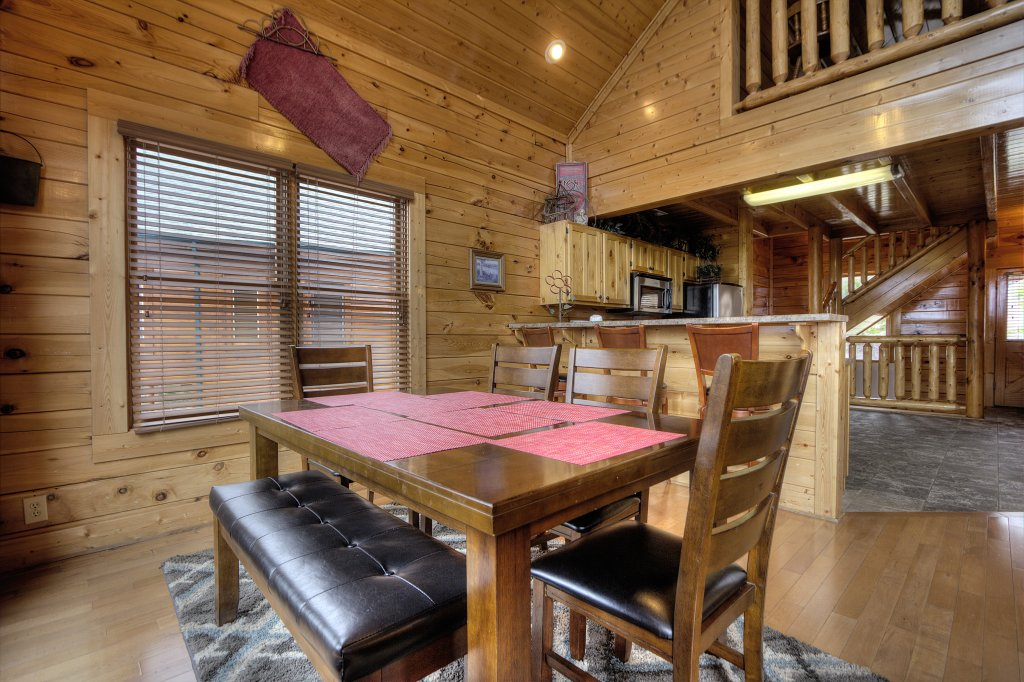 Photo of a Pigeon Forge Cabin named Lasting Impressions #240 - This is the third photo in the set.